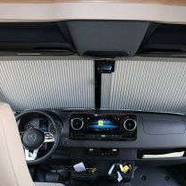 Remifront verduisteringsysteem Mercedes Sprinter 2019 - heden VS230 voorzijde met kleine sensor