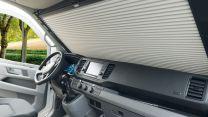 Remifront 4 verduisteringsysteem MAN TGE, VW Crafter 2019 - heden met opbergvak boven