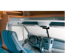 Remifront 3 verduisteringsysteem Mercedes Sprinter 2013 - 2018 en VW Crafter Voorzijde met zicht pakket
